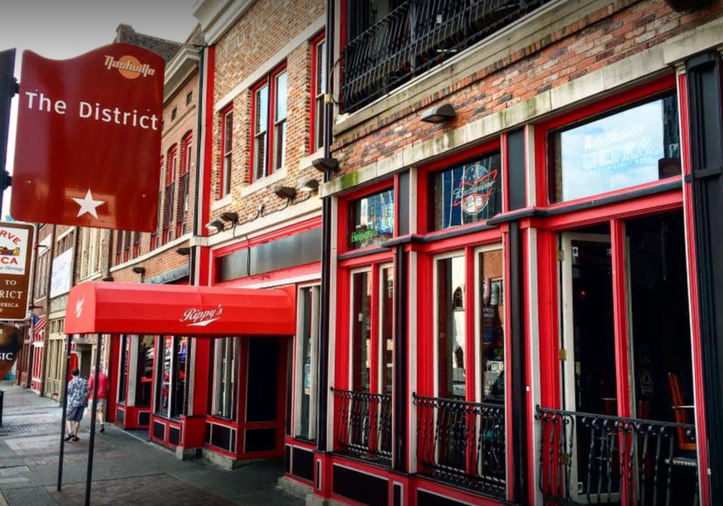 Nashville Bars Open Now