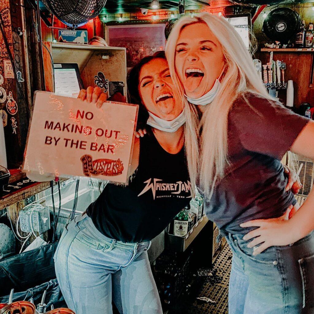 Losers Nashville Live Music Bar